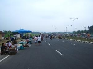 jalanan mulai ramai