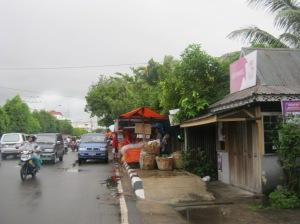gerimis di jalan jendral Urip