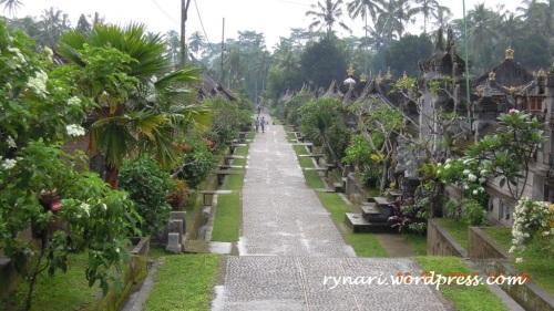 Desa Panglipuran arah hilir