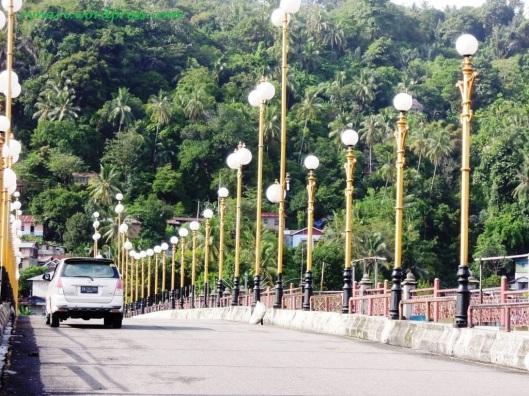 Jembatan Siti Nurbaya Menuju Bukit