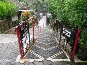 Sendang Sono ramah bagi pengguna kursi roda