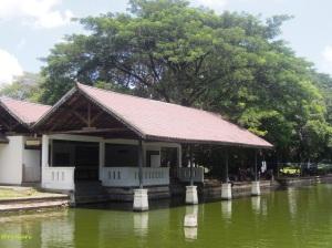 Bale Apung alias Balekambang