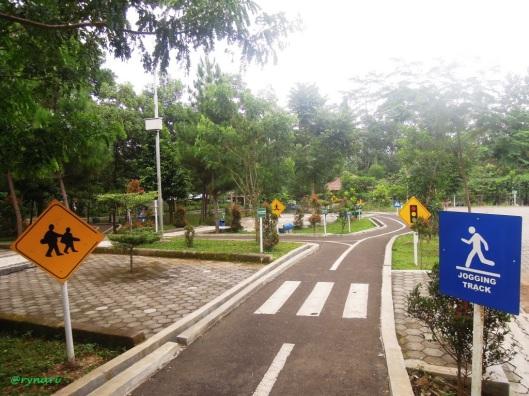 Jogging track di Taman Kota Salatiga