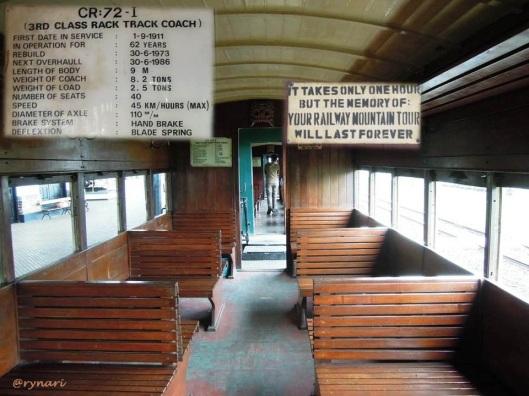 5. Interior kereta wisata Ambarawa-Tuntang