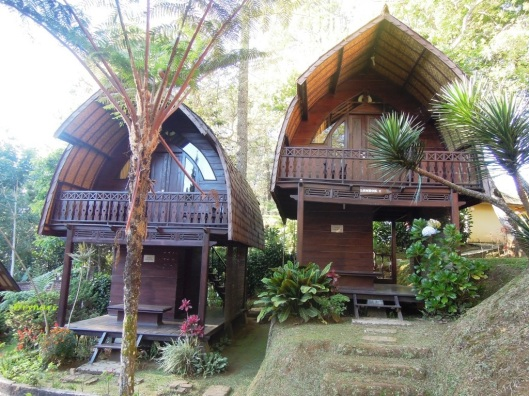 6 Rumah Lombok CJR