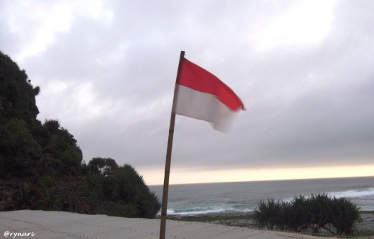 Harmoni Indonesia di Pantai Ngobaran