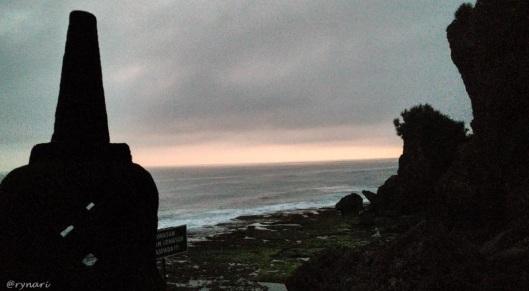 Senja di Pantai Ngobaran