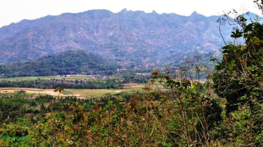 Saujana.....sejauh mata memandang Menoreh dari puncak bukit Rhema