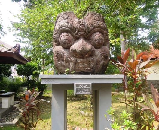 Kala di museum Mpu Tantular