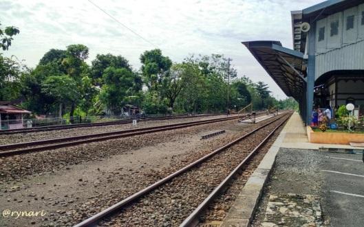 Stasiun Kedungjati-Rel Semarang Solo