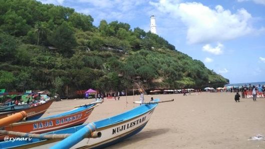 3. Pantai Baron