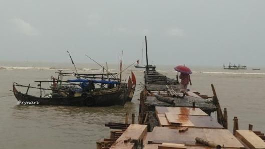 perempuan-nelayan-menyambut-rezeki