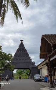 kampung-ulu-resort-meeting-point-rafting-elo