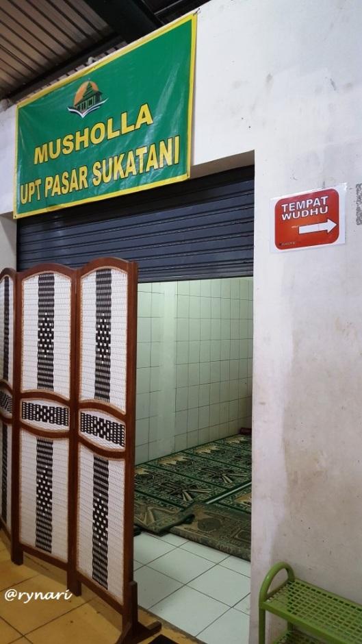 mushola-pasar-sukatani
